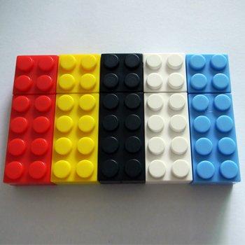 Корпус для флешки из пластика